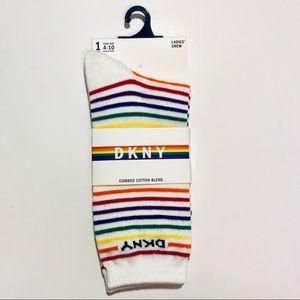 ⭐️5 for 25 ⭐️ Women's Pride Rainbow Crew Sock